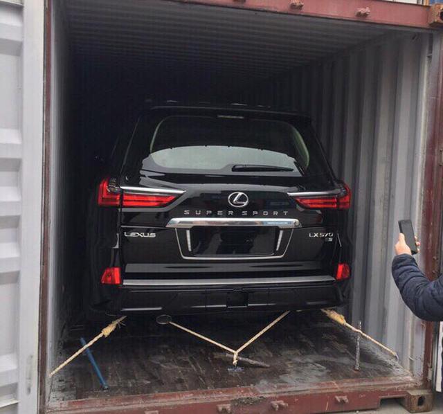 Điểm mặt những chiếc Lexus LX570 Super Sport giá gần 10 tỷ tại Việt Nam - Ảnh 6.