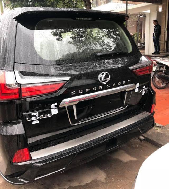 Điểm mặt những chiếc Lexus LX570 Super Sport giá gần 10 tỷ tại Việt Nam - Ảnh 8.