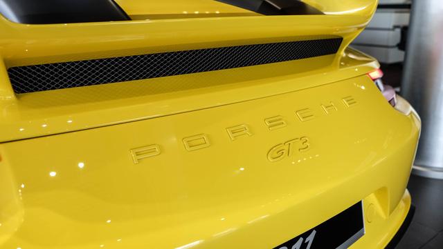 Cận cảnh Porsche 911 GT3 2018 chính hãng đầu tiên tại Việt Nam - Ảnh 3.
