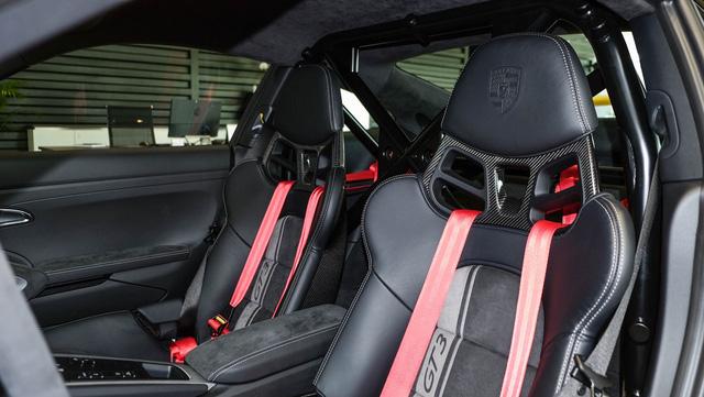Cận cảnh Porsche 911 GT3 2018 chính hãng đầu tiên tại Việt Nam - Ảnh 10.