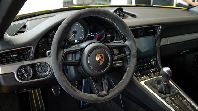 Cận cảnh Porsche 911 GT3 2018 chính hãng đầu tiên tại Việt Nam - Ảnh 7.