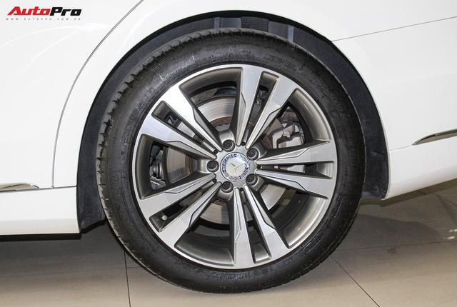Mercedes-Benz S500 biển tứ quý 9 đi 53.000km rao bán lại giá 4,7 tỷ đồng - Ảnh 6.