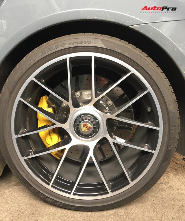 Đại gia Bình Dương tậu Porsche 911 Turbo S trị giá hơn 15 tỷ đồng - Ảnh 5.