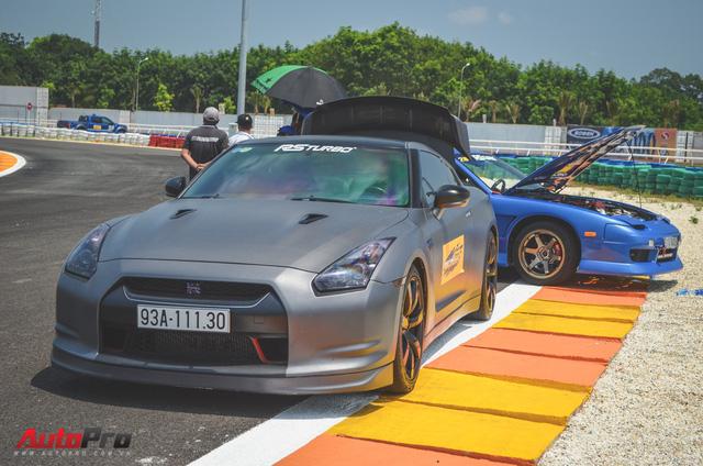 Dàn siêu xe và xe thể thao đua tốc độ tại trường đua Đại Nam - Ảnh 12.