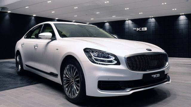 Chính thức ra mắt Kia K9 - Xe Hàn tham vọng chung mâm Mercedes-Benz S-Class - Ảnh 1.