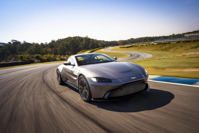 Aston Martin lên kế hoạch ra mắt xe thách thức McLaren P1 - Ảnh 1.