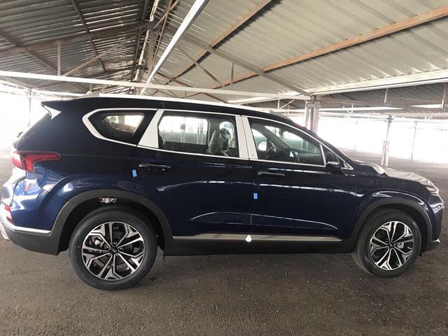 Những điều cần biết về Hyundai Santa Fe 2019 đầu tiên tại Việt Nam - Ảnh 2.