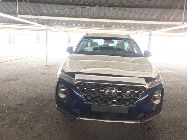 Hyundai Santa Fe thế hệ mới về Việt Nam - Ảnh 1.