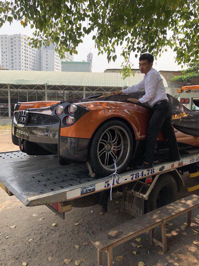 Minh Nhựa lại đem siêu xe Pagani Huayra đi bấm biển số - Ảnh 1.