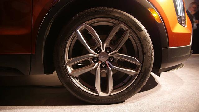 Cadillac XT4 2019 lộ diện hoàn toàn tại New York Auto Show 2018 - Ảnh 2.