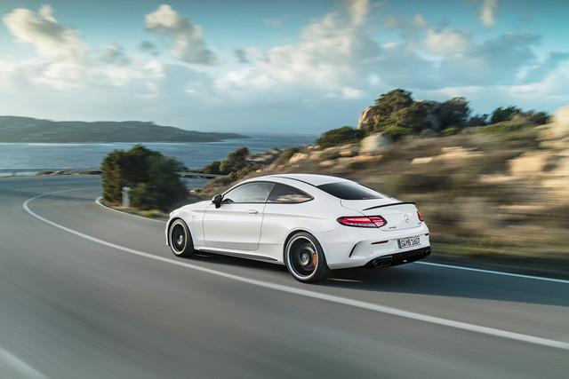 Thêm 2 cấp số, Mercedes-AMG C63 càng bá chủ tốc độ trong phân khúc - Ảnh 4.