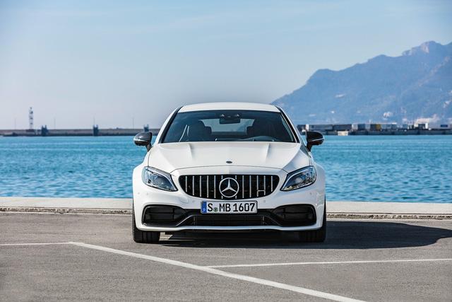 Thêm 2 cấp số, Mercedes-AMG C63 càng bá chủ tốc độ trong phân khúc - Ảnh 8.