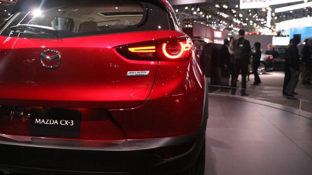 Mazda CX-3 bất ngờ được nâng cấp - Ảnh 6.