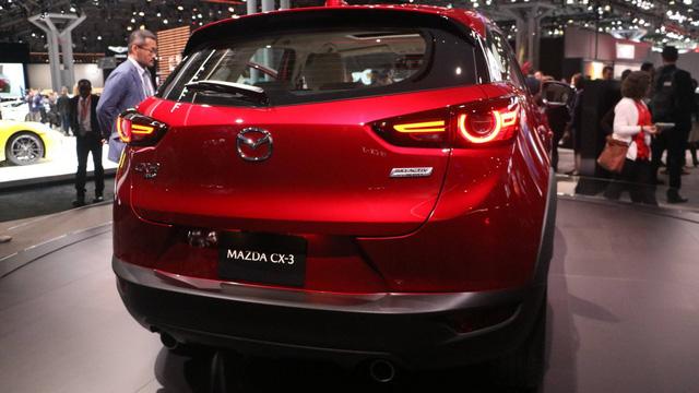 Mazda CX-3 bất ngờ được nâng cấp - Ảnh 3.
