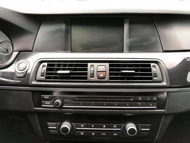 Sedan hạng sang BMW 523i 2012 rao bán lại giá chưa đến 1 tỷ đồng - Ảnh 11.