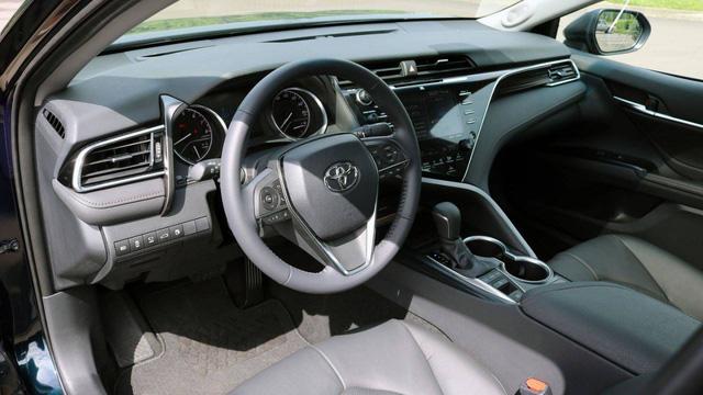 So kè Nissan Altima 2019 với Toyota Camry, Honda Accord - Ảnh 8.