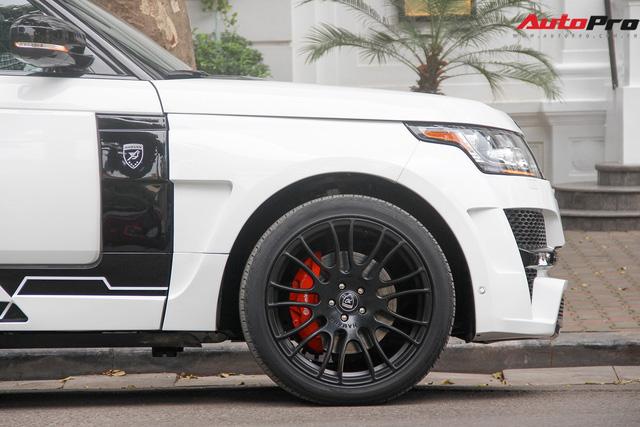 SUV hạng sang Range Rover độ bodykit hầm hố trên phố Hà Nội - Ảnh 7.