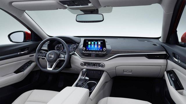 So kè Nissan Altima 2019 với Toyota Camry, Honda Accord - Ảnh 6.