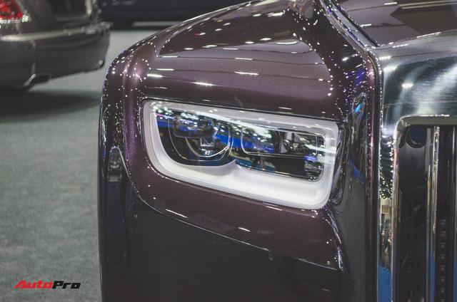 Xem trước Rolls-Royce Phantom 2018 chuẩn bị về Việt Nam - Ảnh 6.