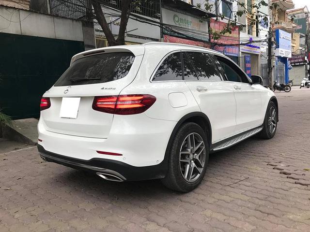Mercedes-Benz GLC 300 4Matic đi gần 2 năm bán lại lỗ khoảng 210 triệu đồng - Ảnh 4.
