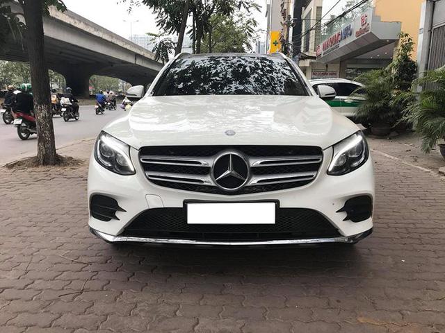 Mercedes-Benz GLC 300 4Matic đi gần 2 năm bán lại lỗ khoảng 210 triệu đồng - Ảnh 3.