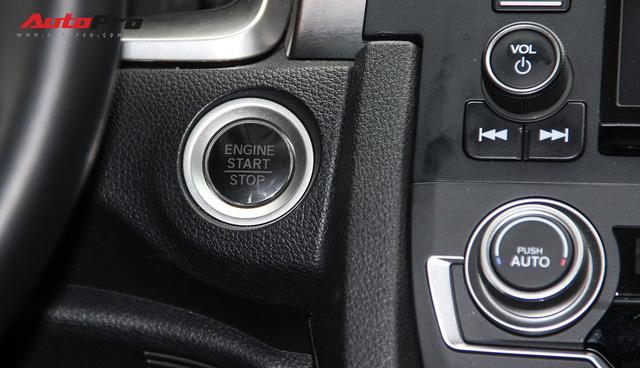 Giảm 140 triệu đồng, Honda Civic phiên bản mới tham vọng cạnh tranh Mazda3 - Ảnh 17.