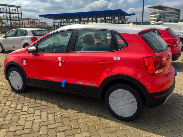 Volkswagen Cross Polo - Xe Đức giá 725 triệu đồng đấu Ford EcoSport tại Việt Nam - Ảnh 2.