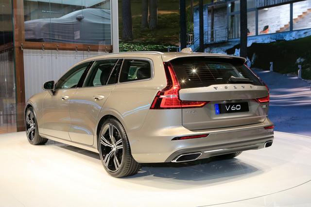 Volvo V60 Wagon trình làng triển lãm Geneva - Ảnh 6.