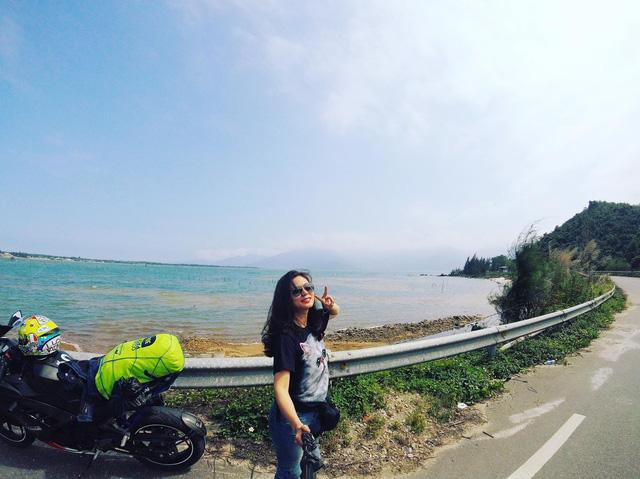 Nữ biker 8X chạy xuyên Việt trên Kawasaki Ninja 300: Đi để thử thách bản thân - Ảnh 14.