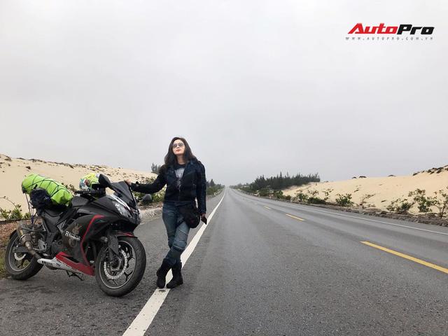 Nữ biker 8X chạy xuyên Việt trên Kawasaki Ninja 300: Đi để thử thách bản thân - Ảnh 1.