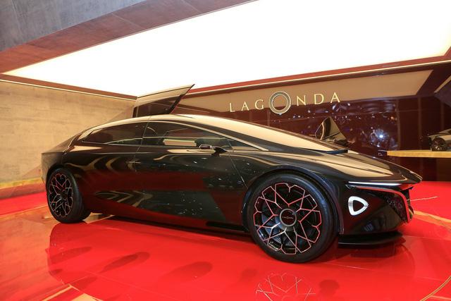 Aston Martin Lagonda Vision Concept - Khi xe thể thao có thể tự lái - Ảnh 8.
