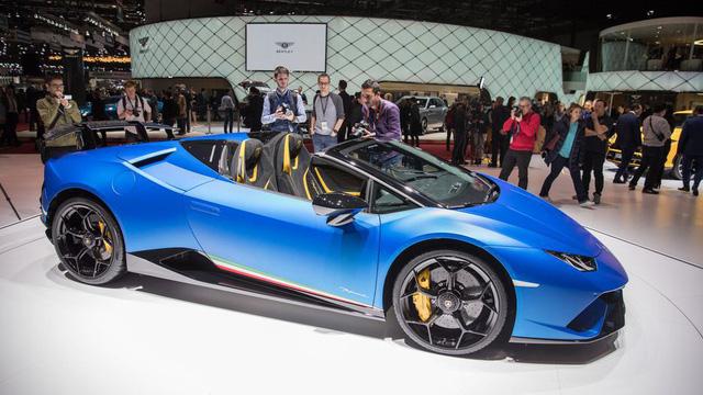 Lamborghini trình làng siêu xe mui trần hiệu suất cao Huracan Performante Spyder - Ảnh 2.
