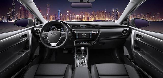 Những mẫu xe cùng tầm giá 758 triệu như Honda Civic 1.8E tại Việt Nam - Ảnh 5.