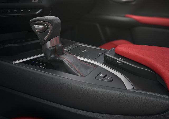 Lexus UX - Câu trả lời của người Nhật với BMW X1 - Ảnh 13.