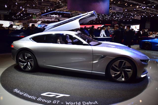 Pininfarina - nhà thiết kế xe cho VINFAST - tung concept đậm chất Mercedes-Benz - Ảnh 2.
