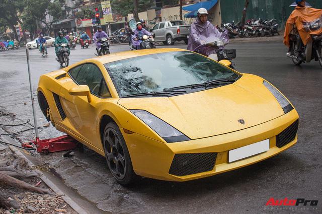 Sửa siêu xe Lamborghini kiểu Việt Nam - Chuyên gia cũng phải giật mình - Ảnh 2.