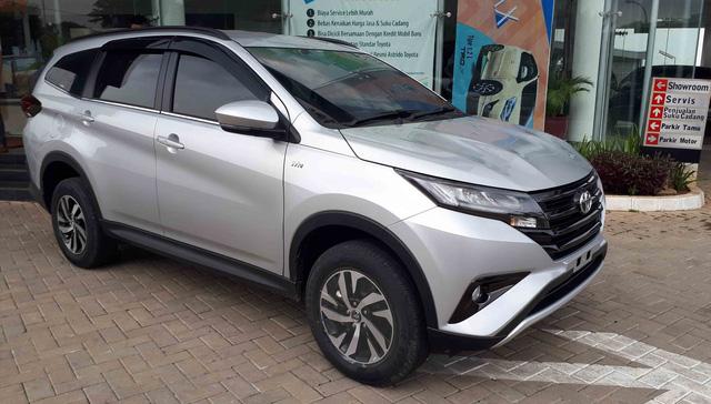 """Toyota Rush - """"Tiểu"""" Fortuner chuẩn bị chào sân thị trường Việt Nam"""