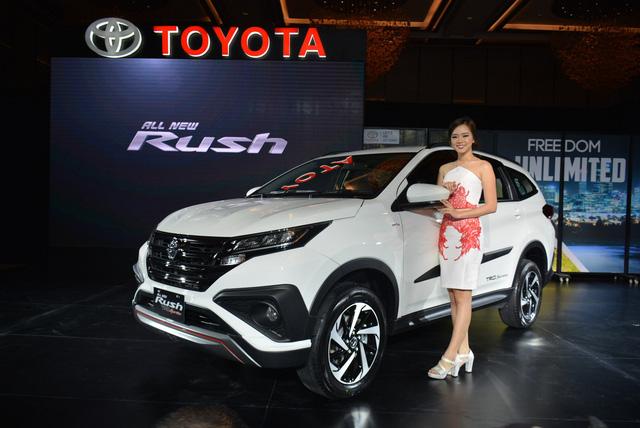 """Toyota Rush - """"Tiểu"""" Fortuner chực chờ về Việt Nam - Ảnh 3."""
