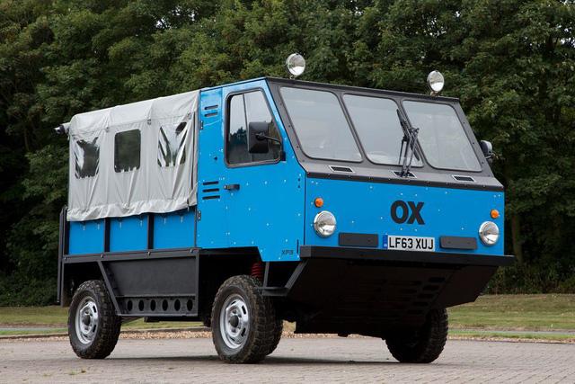 Xe tải tự lắp ráp như chơi xếp hình đầu tiên trên thế giới - Ảnh 1.