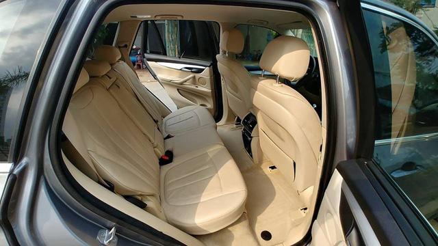 BMW X5 đi 4 năm khấu hao bằng một chiếc BMW 320i mới của THACO phân phối - Ảnh 8.