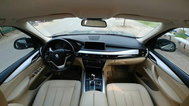 BMW X5 đi 4 năm khấu hao bằng một chiếc BMW 320i mới của THACO - Ảnh 2.