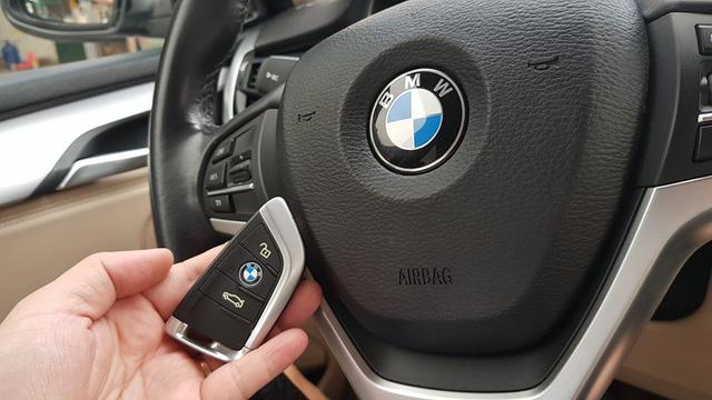 BMW X5 đi 4 năm khấu hao bằng một chiếc BMW 320i mới của THACO phân phối - Ảnh 9.
