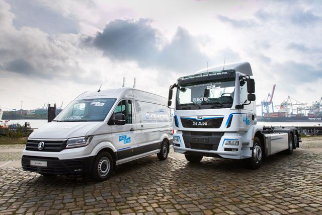 Toyota bắt tay đối thủ Volkswagen để sản xuất xe tải - Ảnh 2.