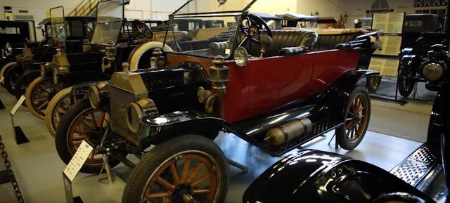 Bộ sưu tập xe Ford lớn nhất thế giới chuẩn bị được đem bán đấu giá - Ảnh 1.