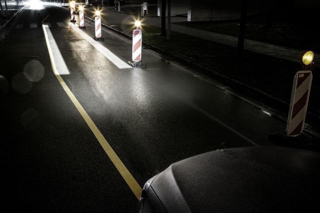 Mercedes-Benz Digital Light: Tương lai của đèn pha ô tô? - Ảnh 3.