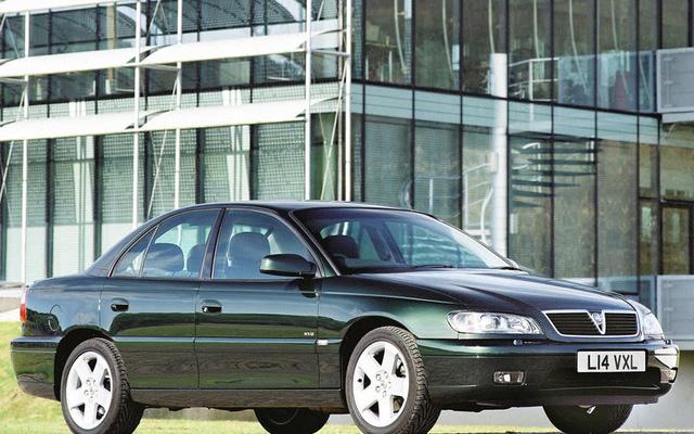 10 dòng xe chẳng ai ngờ sử dụng động cơ BMW - Ảnh 1.