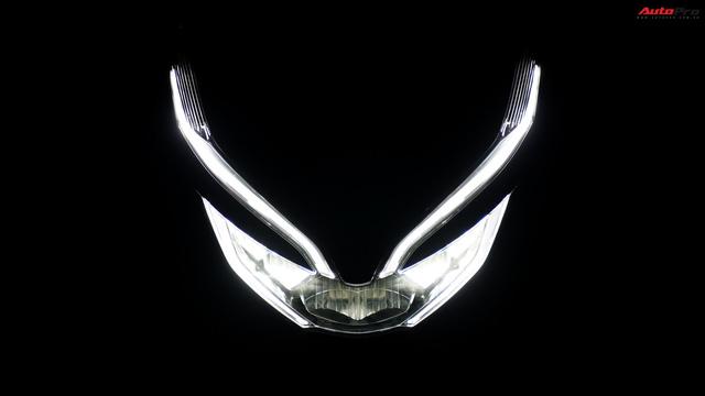 Cùng phân khúc xe ga Honda 150cc: Lựa chọn SH hay PCX? - Ảnh 5.