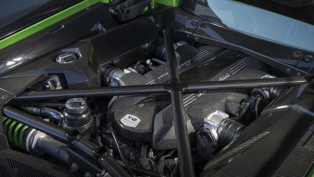 4 điều khiến Lamborghini Aventador S trở nên đặc biệt - Ảnh 4.
