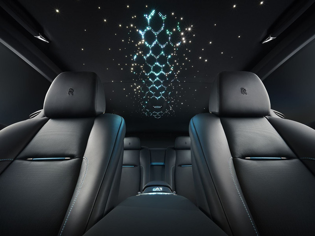 Rolls-Royce ra mắt bộ sưu tập Adamas Black Badge mới - Ảnh 5.