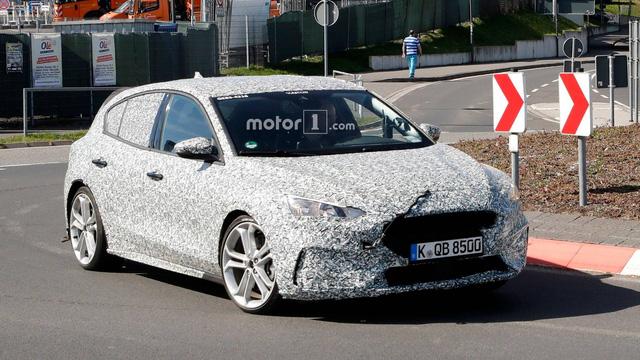 Chiều tín đồ tốc độ, Ford Focus ST sẽ sử dụng động cơ chấm lớn? - Ảnh 1.